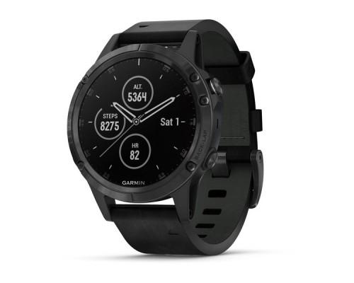 Умные часы Garmin Fenix 5 Plus Sapphire черные с черным кожаным ремешком