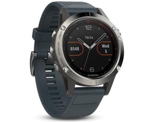 Умные часы Garmin Fenix 5 серебристые с ремешком синий гранит